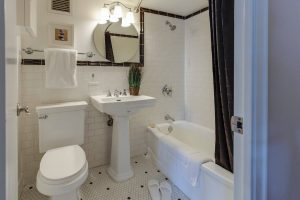 Remodelling Your Small Bathroom